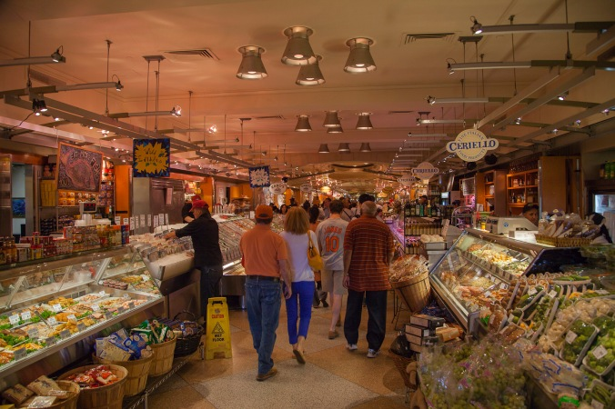 International food market in the Grand Central Building, New York