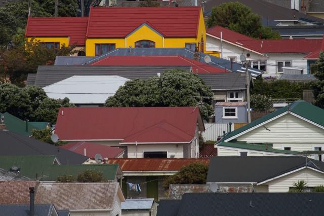 Housing in Miramar, adjacent to the airport runway