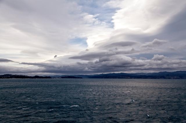 Lenticular clouds forming