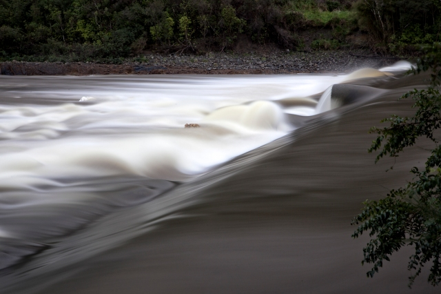 Slow shot of the weir