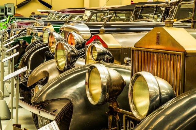 Automotive grandeur